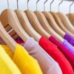 Conception, création et personnalisation de vêtements (t-shirts, sweat …) objets (mug…) et accessoires (sac, casquette…)